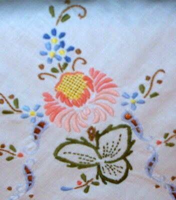 Vintage Linen Tablecloth Embroidered Flowers & Cut Outs
