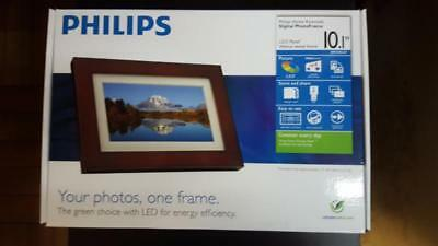 BRAND NEW Philips SPF3403/G7 10″ Digital Picture Frames