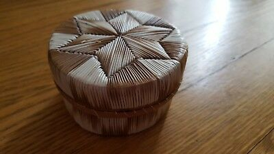 Old Antique Mowhawk Native American Indian Porcupine Quill Birchbark Oval Box