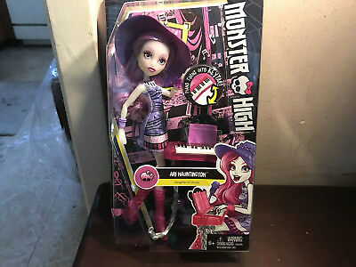 Monster High Daughter Of Ghosts Ari Hauntington  New Mib L@@k