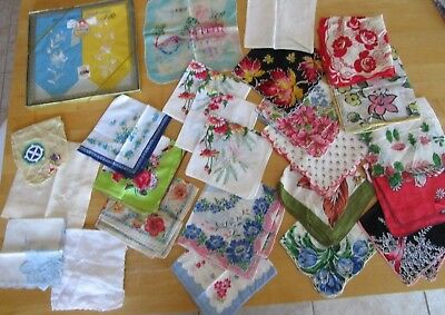 Lot 26 LOVELY VINTAGE FLORAL HANKIES HANDKERCHIEFS Scallops Embroidery Silk