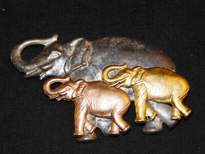 Unusual Lightweight Metal Elephant Brooch With Mom Elephant And 2 Babies