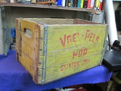 wooden SODA POP CASE CARRIER VOEL PELS BOTTLING wood CRATE PRIMITIVE BOX VINTAGE