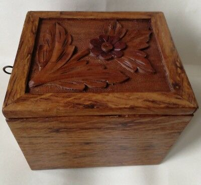 Lovely Vintage Solid Wooden Hand Carved 2 Compartment Tea Caddy with Lock & Key