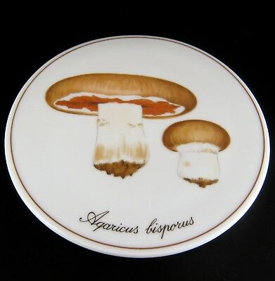 Royal Copenhagen Porzellan Wandteller Cultivated Mushroom Porcelain Wall Plate