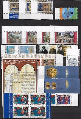 Vaticano annata 2001 26 stamps + 1 sheet + 1 Booklet ** MNH