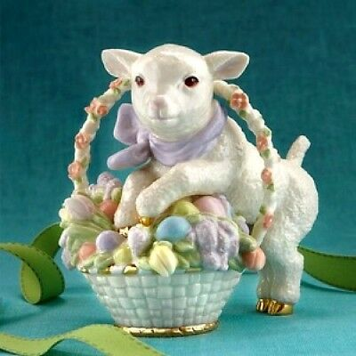 Lenox Easter Lamb in Basket with Flowers NEW IN BOX