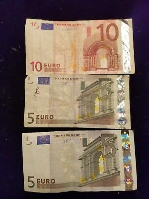 20 Euros Paper Currency dated 2002