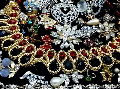 Large Lot Of Vintage~Retro Rhinestone, Crystal.. Jewelry For Repair, Parts (E38)