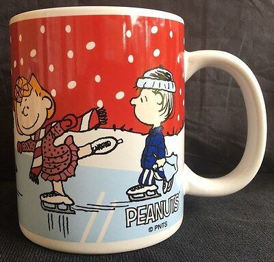 Collectible Christmas Mug PEANUTS Gang Charlie Brown Woodstock Snoopy Lucy Linus