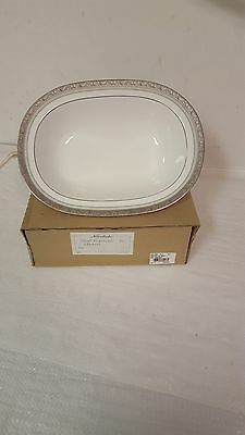 Brand New Noritake China 4817 Fascination Green Oval Vegetable Bowl 10.5 Inch