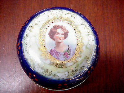 ROYAL VIENNA SMALL DRESSER or TRINKET BOX, EXCELLENT