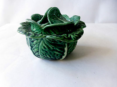 Portugal Cabbage Leaf Green Serving Bowl w/lid P39 Pottery Ceramic GC