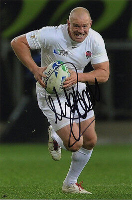 Mike Tindall, England rugby union, Bath, Gloucester, signed 6x4 inch photo. COA.