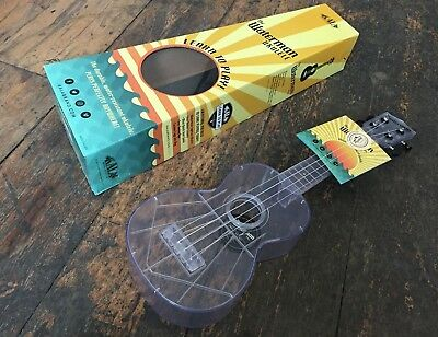 Makala Waterman Soprano Ukulele All Clear With Free Case