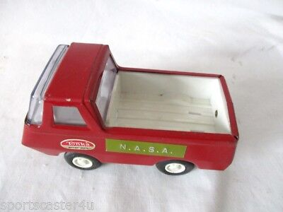 Vintage Tiny Tonka #515 Red Van / Pick-up Truck Mound Minn 1960's GOOD Condition