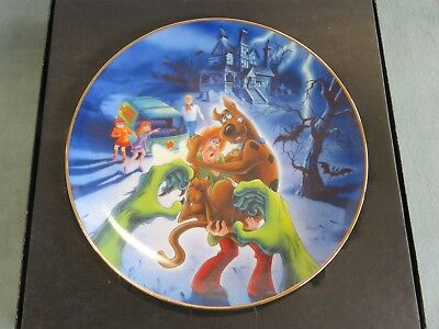 Scooby Doo CREEPS ON YOU Warner Bros. Collector Plate Limited Edition #1099/2500