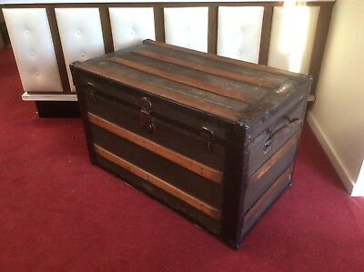 Large Vintage Chest or travelling trunk - box storage coffee table. UK DELIVERY