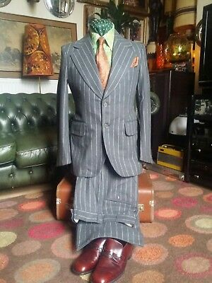 Vintage 70s Grey Mobster Gangster Mafia Dandy Flared Pinstripe Suit.Small 37-38c