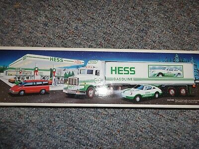 Hess 18 Wheeler And Racer 1992 *new*