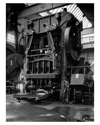1948 ? Opel Hilo Factory Workers & Stamp Press Factory Photo ca9747