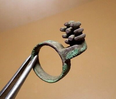 Perfect Rare  Ancient Roman Type Key Ring 2nd-3rd Century AD Goths.   #2616