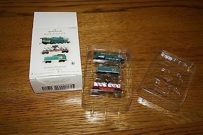 HALLMARK  LIONEL TRAIN  Holiday Railroad 3 Miniature Keepsake Ornaments-NIB