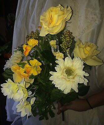 "Better Homes Artificial Flowers Décor~~ MIX YELLOW ROSES BOUQUET~~ 22"" tall"