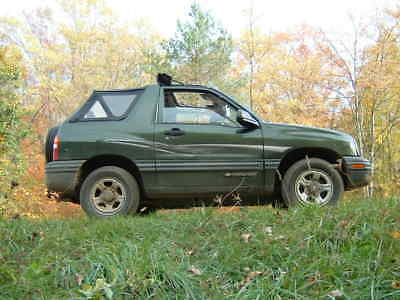 2000 Chevrolet Tracker  Get ready for summer fun! Convertible! The most solid Tracker in Michigan!