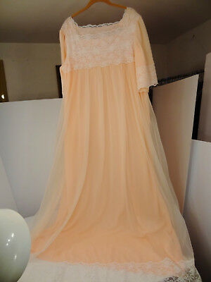 Dreamy Vtg Peachy-Pink Sheer-Chiffon/White-Lace Fuller-Sweep Nightgown-M/L