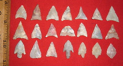 (21) Assorted Select Sahara Mini Neolithic Points, Prehistoric African Artifacts