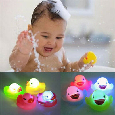 Lot Baby Bath Time Toy Changing Color Duck Flashing LED Lamp Flashing Light Toys