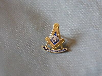 Masonic Lapel Tac Pin Cut Out Past Master with Square Sun Fraternity  NEW!