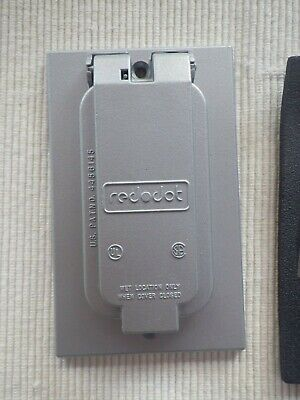 Red Dot GFCI 1 Gang Device Cover Vertical Wet Location When Closed
