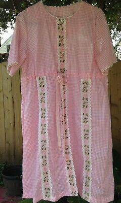 VTG 60s House Dress Robe Large Pink Gingham Checked Lace Dacron Pennys Sears
