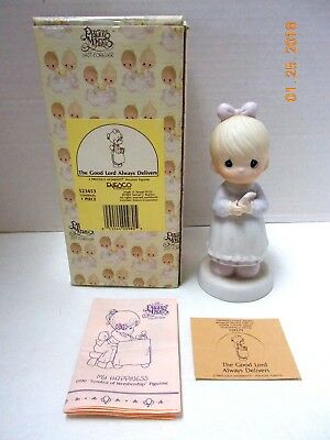 Precious Moments THE GOOD LORD ALWAYS DELIVERS 1989 Figurine in Box-523453-Mint