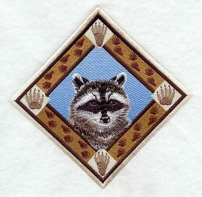 Large Embroidered Zippered Tote - Raccoon Track Diamond D1500