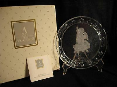 Avon Fine Collectibles M. Hummel Goebel 1996 Angel Collector Plate - New In Box
