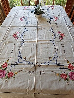 Vintage 1970 Cream Embroidered Roses TableCloth Needlelace Never used 12 Napkins