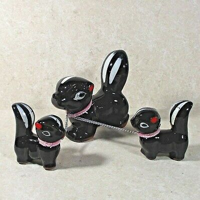 "3 piece skunk family china figurines Japan 3.5"" & 2.25"" ᵛ"