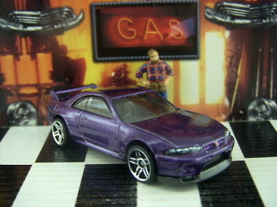 '18 Hot Wheels Nissan Skyline Gt-R R33 Loose 1:64 Scale Then And Now Series