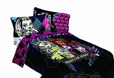 Mattel Monster High My BFF Crew Twin Comforter, 64 by 86-Inch