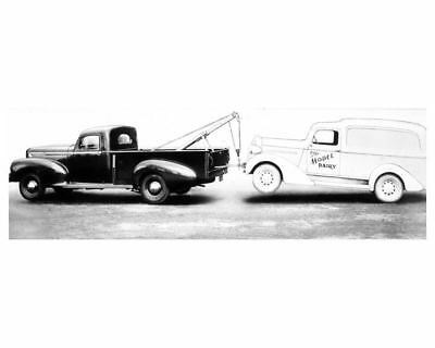 1941 Hudson Big Boy Cab Pickup Truck With Tow Chief Factory Photo ua8367-52RXS7