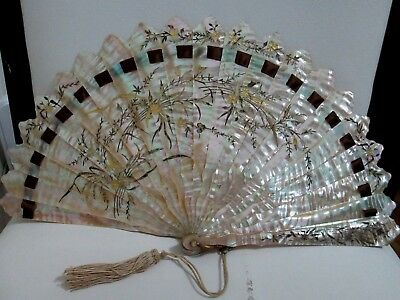 AMAZING HEAVY MASSIVE MOTHER OF PEARL w/ GOLD  ANTIQUE FRENCH FAN c1900