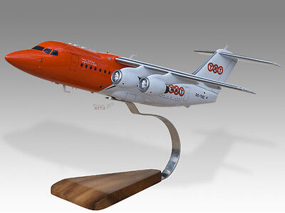 Airlines Bae 146-200 Loganair Solid Kiln Dried Mahogany Wood Handmade Plane Desktop Model