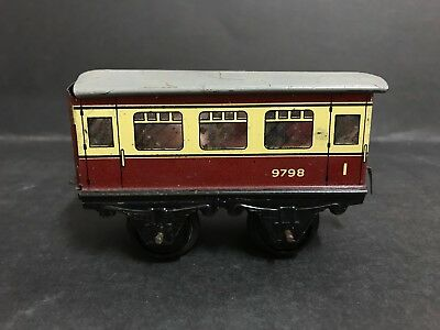 HORNBY MECCANO O GAUGE PASSENGER TRAIN CARRIAGE #9798 FROM 1950's