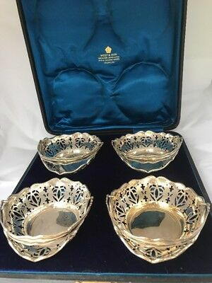 STUNNING Set of Four Antique SILVER Bon Bon Dishes In Presentation Box 1910/11