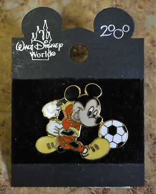 WDW Disney 2000 Mickey Mouse Soccer Trading Pin New on Card Free Shipping