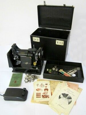 Vintage 1951 Singer 221K1 Featherweight Portable Sewing Machine + Case & Extras