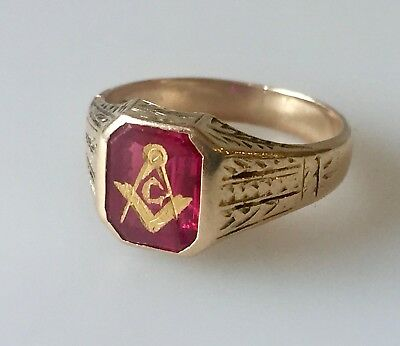 Antique 10K Yellow Gold & Red Stone Masonic Ring Fraternal Compass Symbol